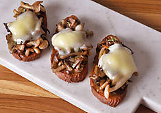 Sauteed Mushrooms & Taleggio Cheese Crostini Recipe | D'Artagnan