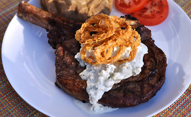 Steaks with Bleu Cheese Sauce & Shallots Recipe | D'Artagnan