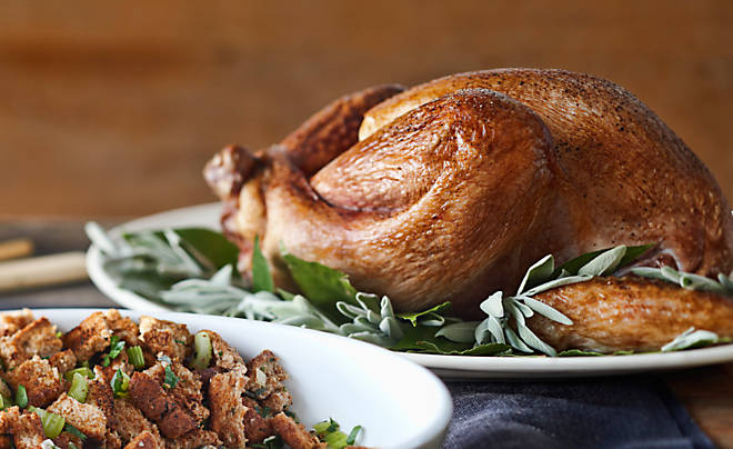 Maple Glazed Turkey with Gingersnap Gravy Recipe | D'Artagnan