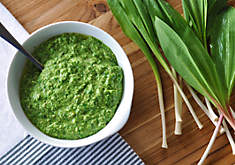Wild Ramp Pesto Recipe | D'Artagnan
