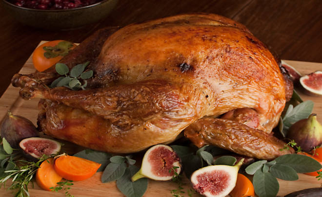 Classic Roasted Turkey with Giblet Gravy Recipe | D'Artagnan