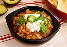 Easy Slow Cooker White Bean Chicken Chili Recipe. D'Artagnan