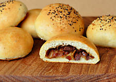 Venison, Beer, and Bacon Buns | D'Artagnan
